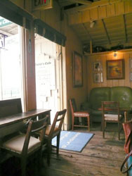 Daisy's-cafe.jpg